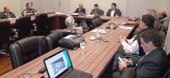 Palácio Sérgio Fadel, reunião da NovAmosanta com o prefeito Bernardo Rossi